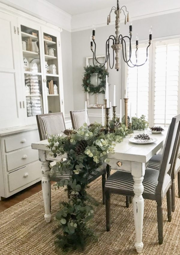 Neutral Christmas Entryway and Dining Room Tour