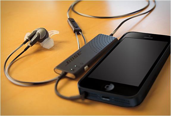 BOSE QUIETCOMFORT 20 IN-EAR HEADPHONES