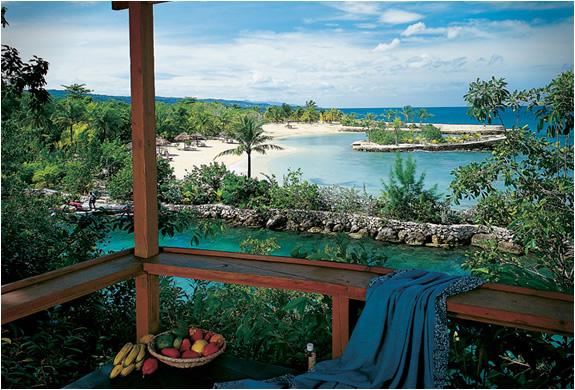 https://i0.wp.com/www.blessthisstuff.com/imagens/stuff/img_goldeneye_resort_jamaica_3.jpg