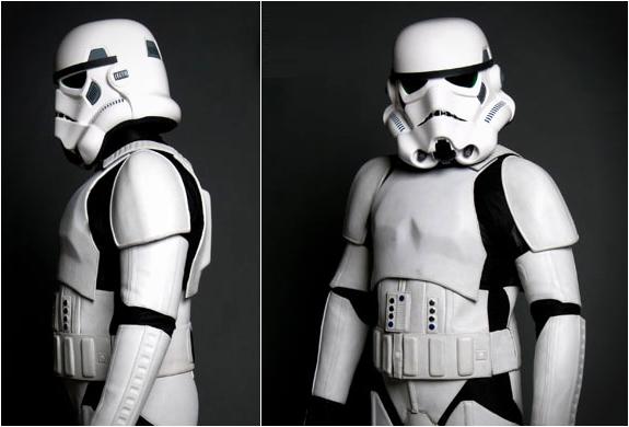 stormtrooper-moto-terno-2.jpg