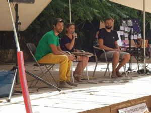 Village des alternatives : Nidal Abdelkrim, Magali Triano et Pierre Mirgaine animent la conférence