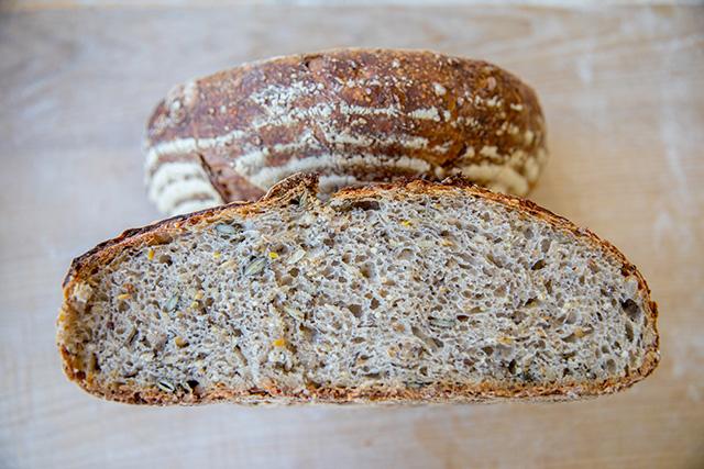 Appétissant le pain fabriqué à l'école de Noyers sur Jabron