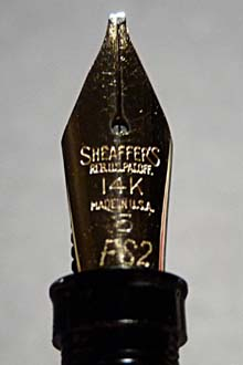 Flexible stub nib.