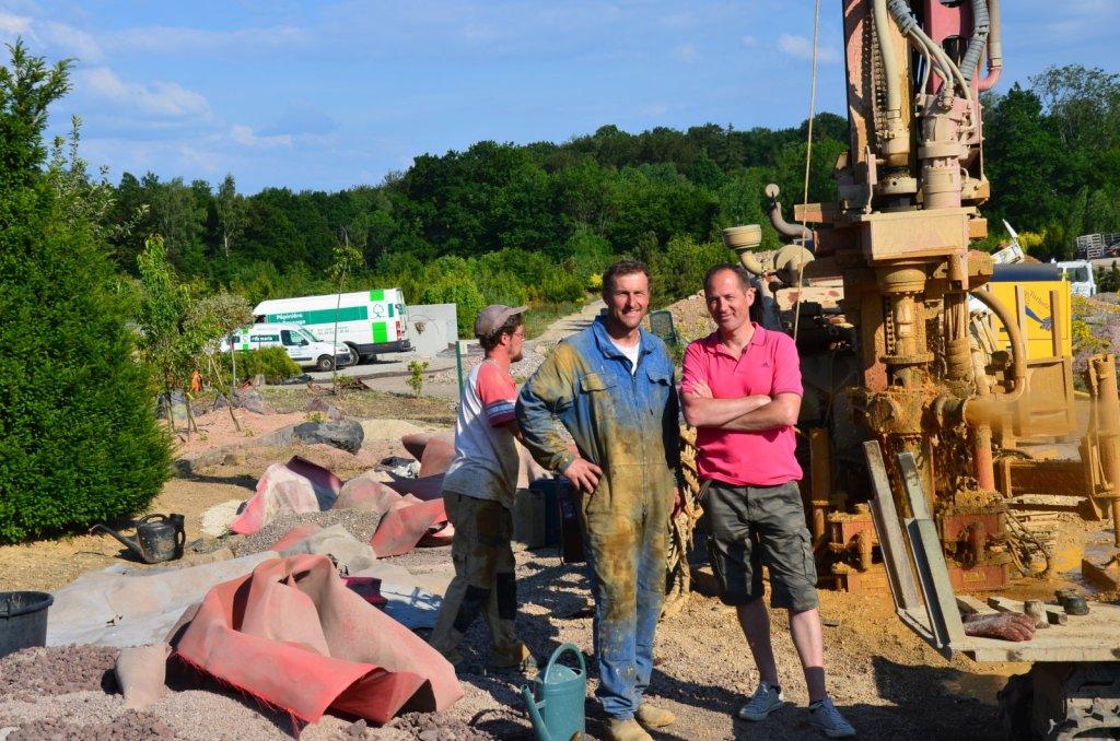forage réalisé pour un pépiniériste dans les Vosges 88 en Lorraine, avec l'aimable intervention de l'expert sourcier Philippe Wojtowicz