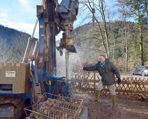 forage réalisé pour un gîte dans les Vosges 88 en Lorraine, avec l'aimable intervention de l'expert sourcier Philippe Wojtowicz