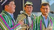 Musik und Tanz des Gulyor Folklore und Mumtoz-navo Ensembles aus Usbekistan