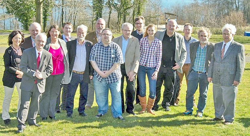 Die Direktkandidaten der SPD für die 19 Wahlbezirke bei der Kommunalwahl am 25. mai. (Foto: SPD)