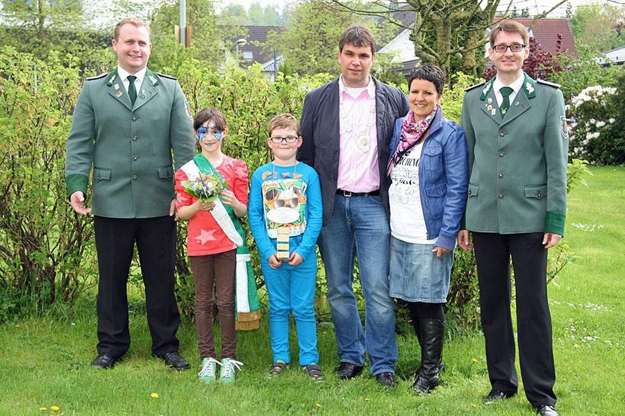 Jonas und Lara regieren Kinderschützen in Hellefeld