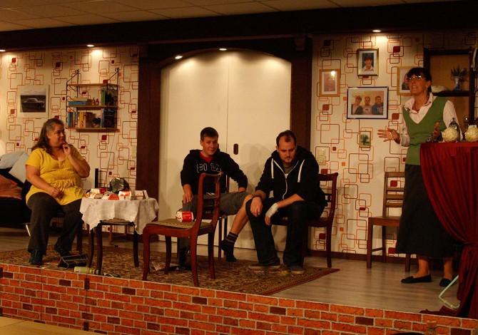 """Freilichtbühne spielt """"Übernachtung mit Frühstück"""""""