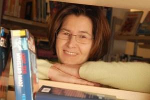 Thea Schroiff  leitet die Stadtbibliothek Sundern. (Foto: Stadtbibliothek)