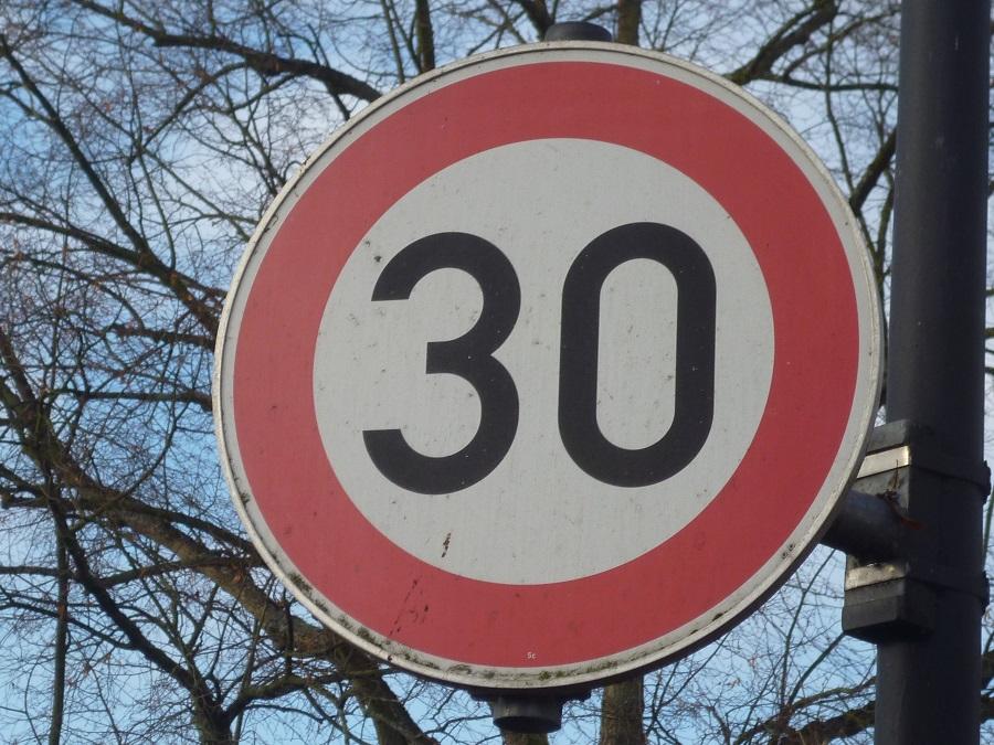 Bezirksregierung: Schnellstmöglich wieder Tempo 30 in Voßwinkel