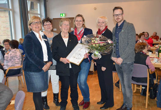 Goldene Caritas-Ehrennadel für Marianne Kaiser