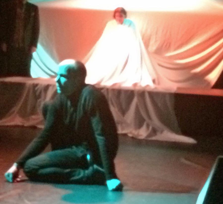 Das Phänomen Faust – viel Applaus für Teatron-Premiere