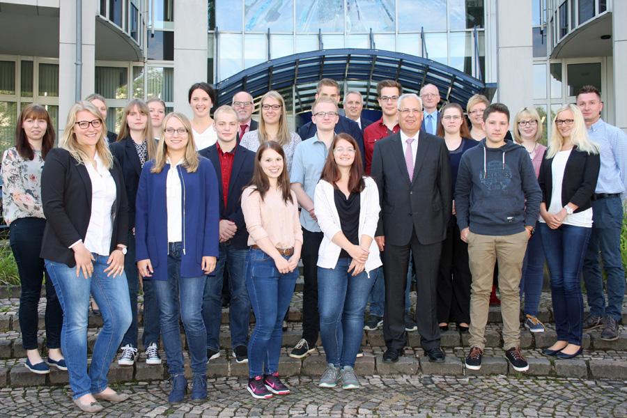 18 neue Auszubildende beim Hochsauerlandkreis