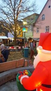 Auch der Nikolaus kommt zum Sunderner Weihnachtstreff. (Foto: Stadtmarketing)