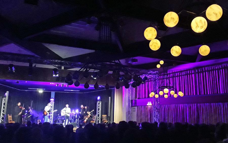 """Herausragende Stimmung in Festhalle mit """"Simon & Garfunkel""""-Hits"""