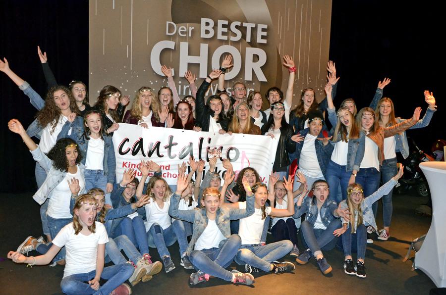 """Top-Chor """"Cantalino"""" als Weihnachtsgeschenk in Neheimer City ..."""