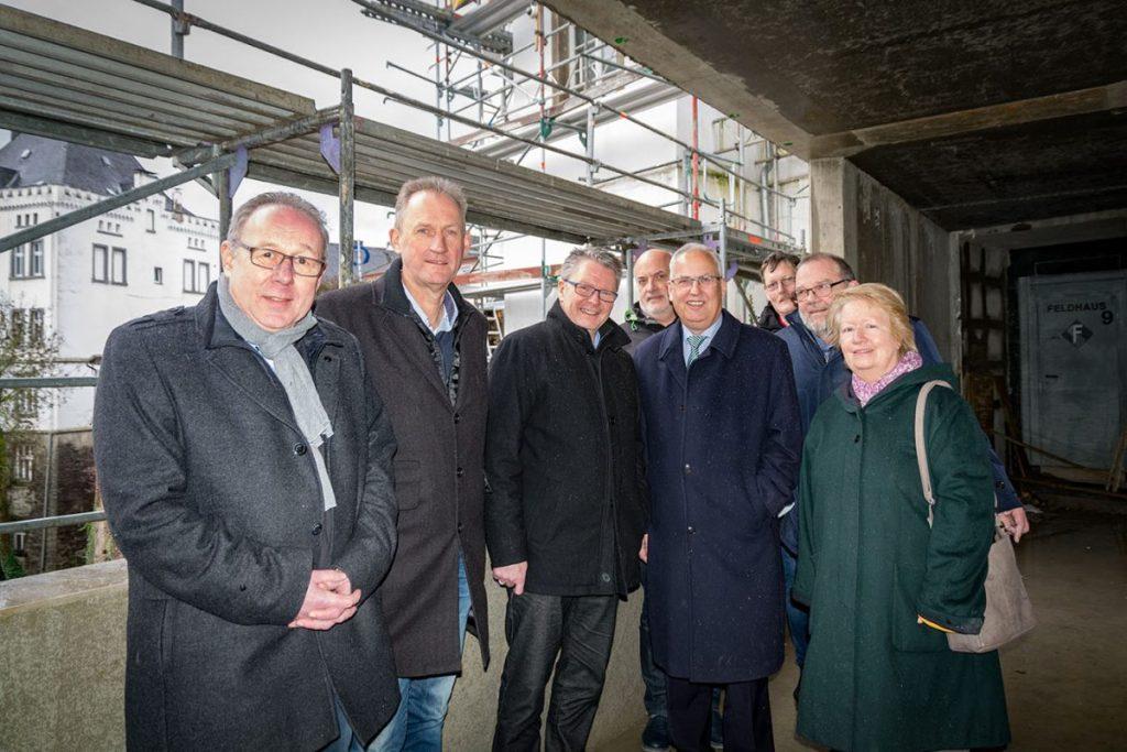 CDU und Landrat besichtigen Baustelle des Sauerland-Museums