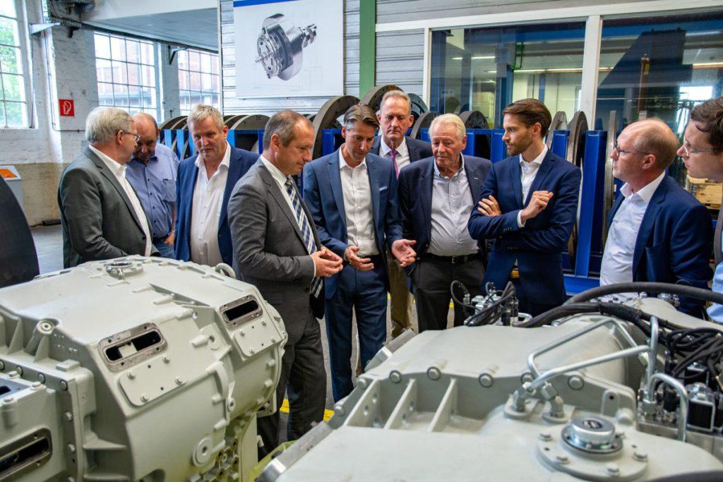 Wirtschafts-Staatssekretär Oliver Wittke besucht Arnsberger Unternehmen