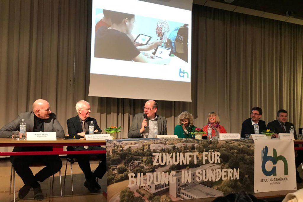Bildungshügel: Experten diskutieren Zukunft der Sunderner Schulen