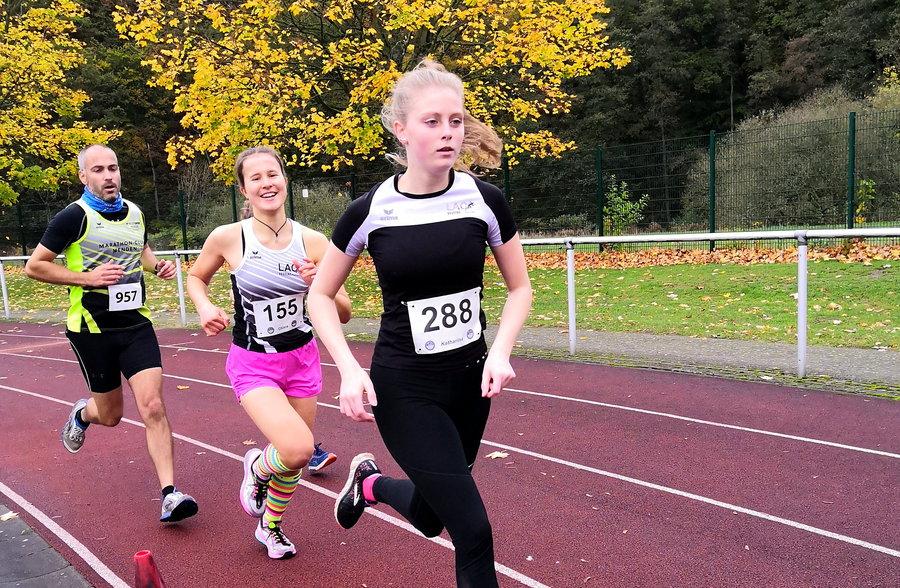 300 Finisher beim Oeventroper Straßenlauf
