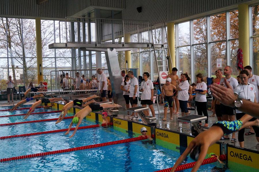 Medaillenflut beim Heimwettkampf für SV Neptun