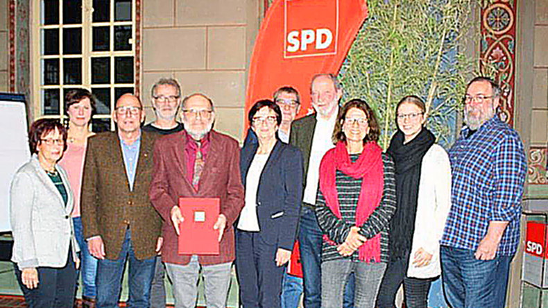 SPD Neheim-Hüs­ten ehrt ihre Jubi­la­re