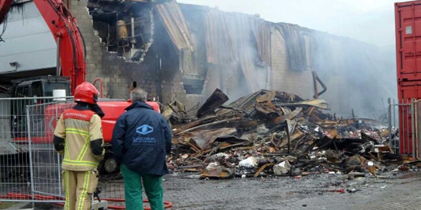 Zeer Grote Brand In Westelijk Havengebied Amsterdam