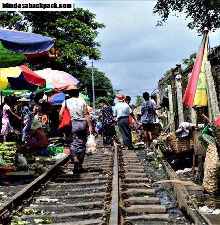 train-tracks-bab
