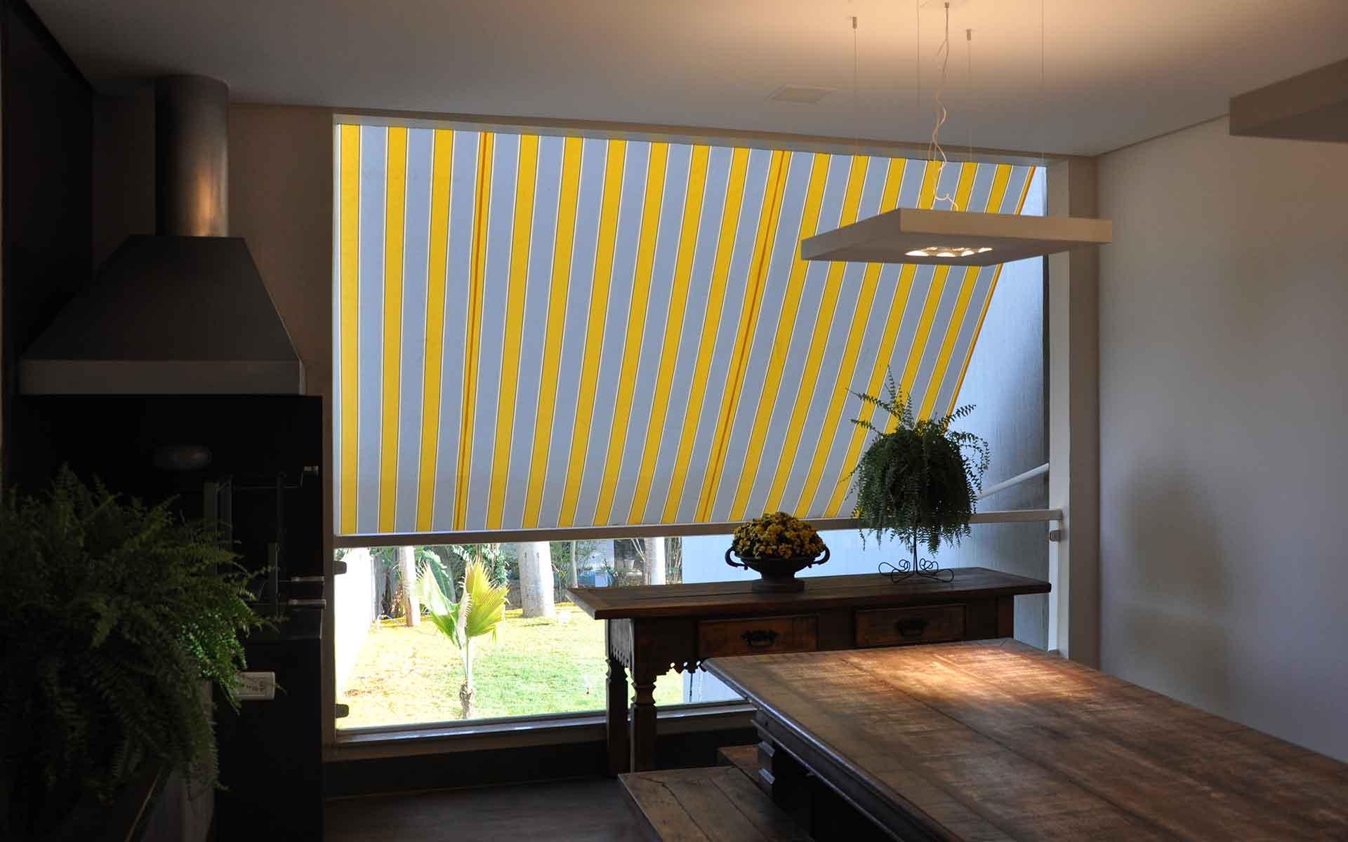 Toldo cortina brao pivotante Sun 1000  BLiNDLUX  Fbrica de persianas cortinas e toldos