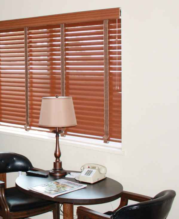 Blinds.com Wood Blinds at The Maxwell Inn\