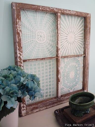 Frame vintage doilies