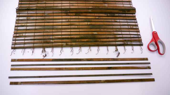 How to take apart woven wood shades