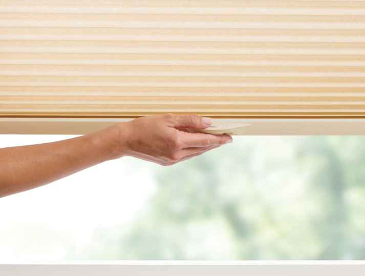 Cordless Lift and Lock Blinds