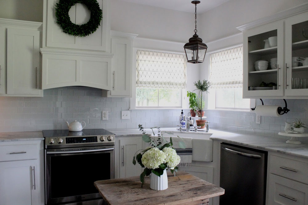 kitchen shades sink sprayer parts 5 fresh ideas for window treatments the finishing touch white with corner farmhouse and two windows printed roman