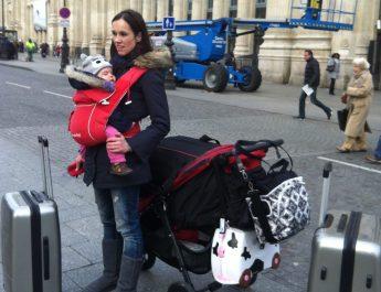 Niezbędnik małego podróżnika, czyli co spakować dla dziecka na wyjazd?