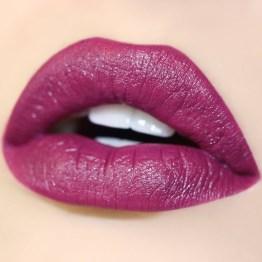"Colourpop Ultra Matte Liquid Lipstick / Lippentift ""Panda"""