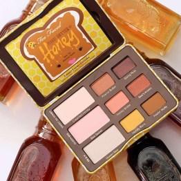 Too Faced Peanut Butter & Honey Eyeshadow Palette