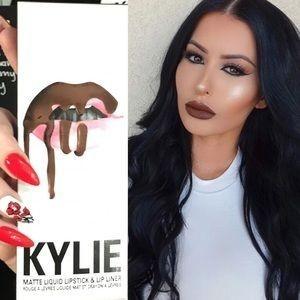 Kylie Lip Kit True Brown K Matte Liquid Lipstick