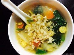 Vegetable & Crispy Rice Soup