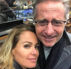 Paolo Bonolis, la moglie Sonia Bruganelli sogna un quarto figlio. Il post su Instagram