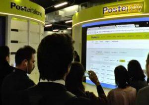 Poste Italiane al salone del fintech italiano presenta Postepay Connect