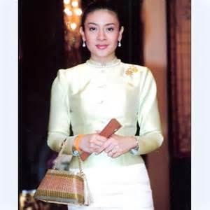 Thailandia Moglie principe ereditario si separa e