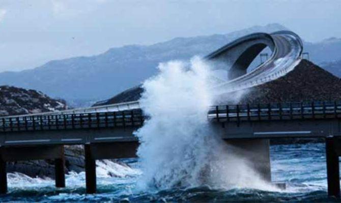 YOUTUBE Atlanterhavsveien strada pi pericolosa al mondo