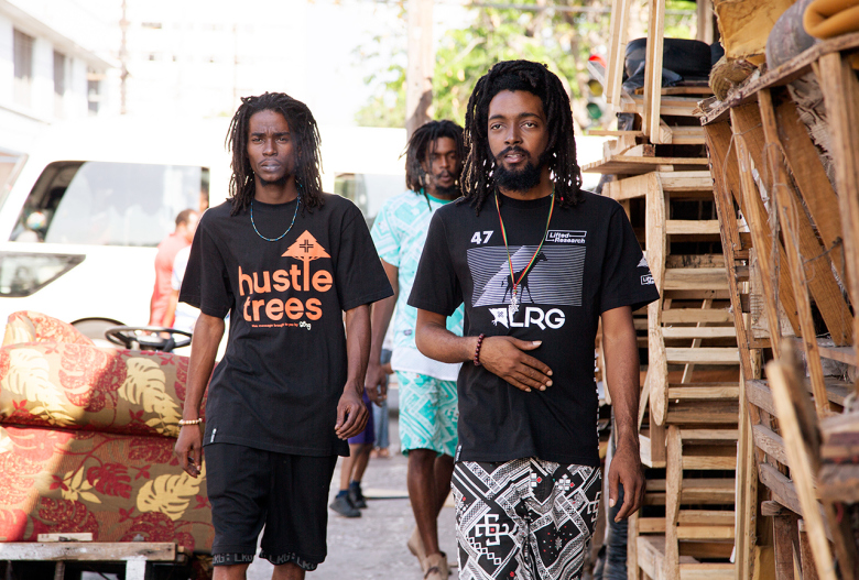 lrg-2015-summer-capture-land-lookbook-featuring-chronixx-3