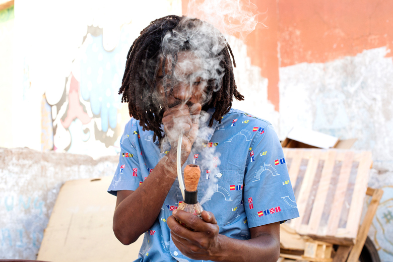 lrg-2015-summer-capture-land-lookbook-featuring-chronixx-8