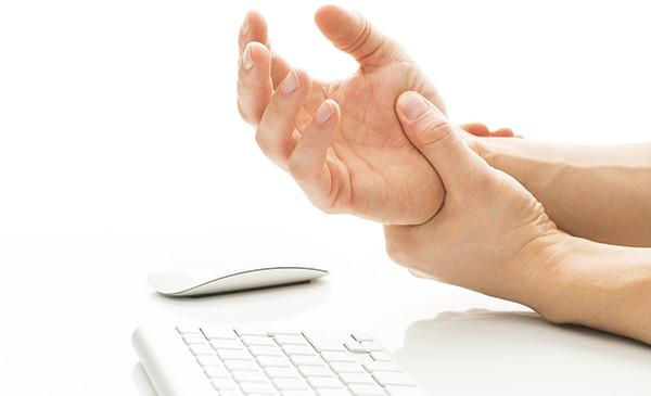 dolori alla mano