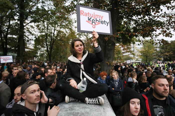 Manifestazione contro la legge sull'aborto