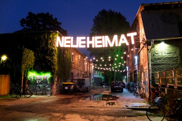 Berlin Neue Heimat RAW Village Market - Flickr: Berlin IckLiebeDir (CC BY-ND 2.0)
