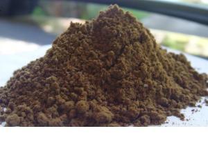 une farine de poissons aromatise fortement votre mix